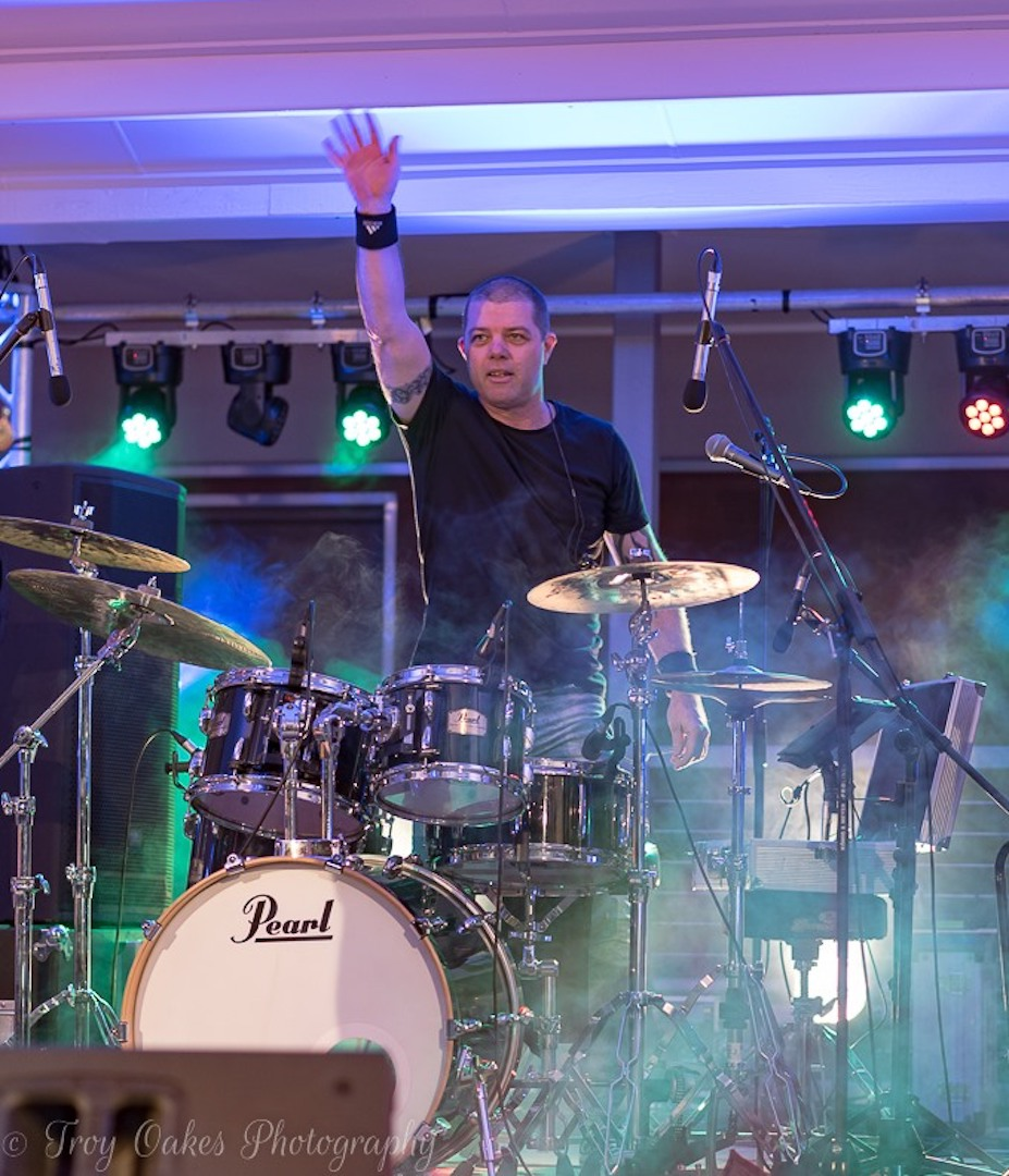 Robbie Penman - Drums & Vocal