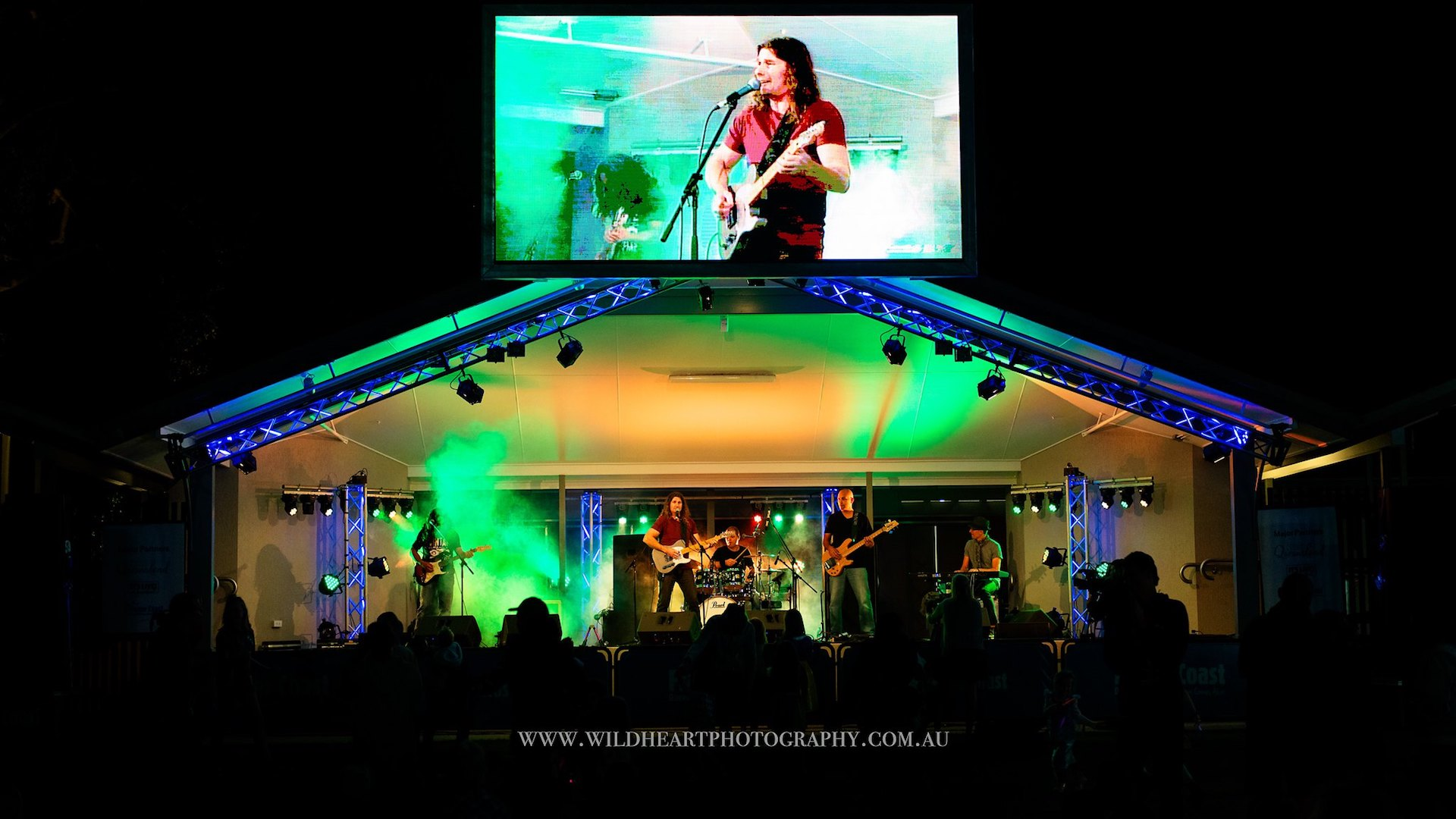 Sunshine Coast Cover Band 11